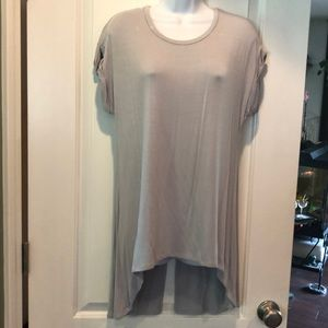 NWOT ZENANA PREMIUM TUNIC, SMALL